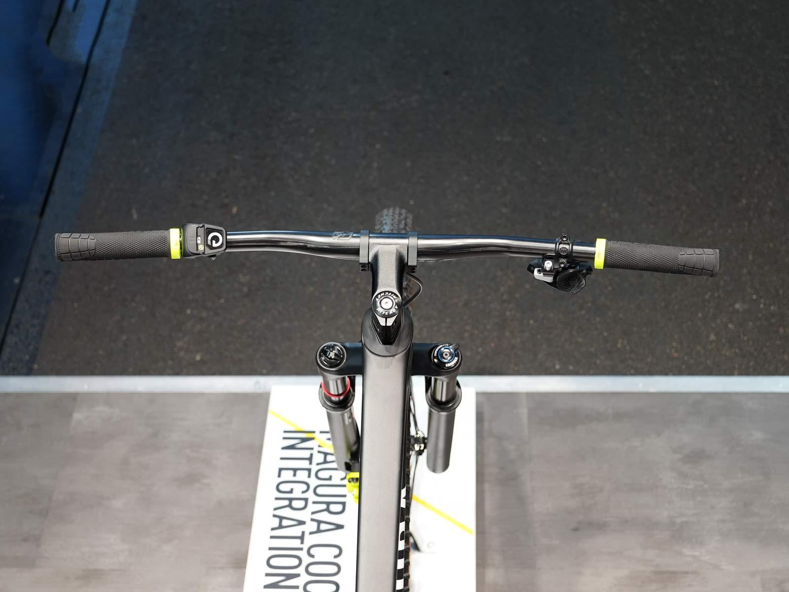 magura iC integrated cockpit concept with hidden brake lever master cylinder