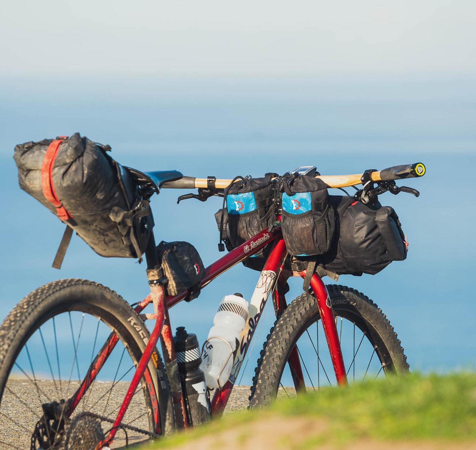 passchier gump bamboo handlebars bikepacking setup