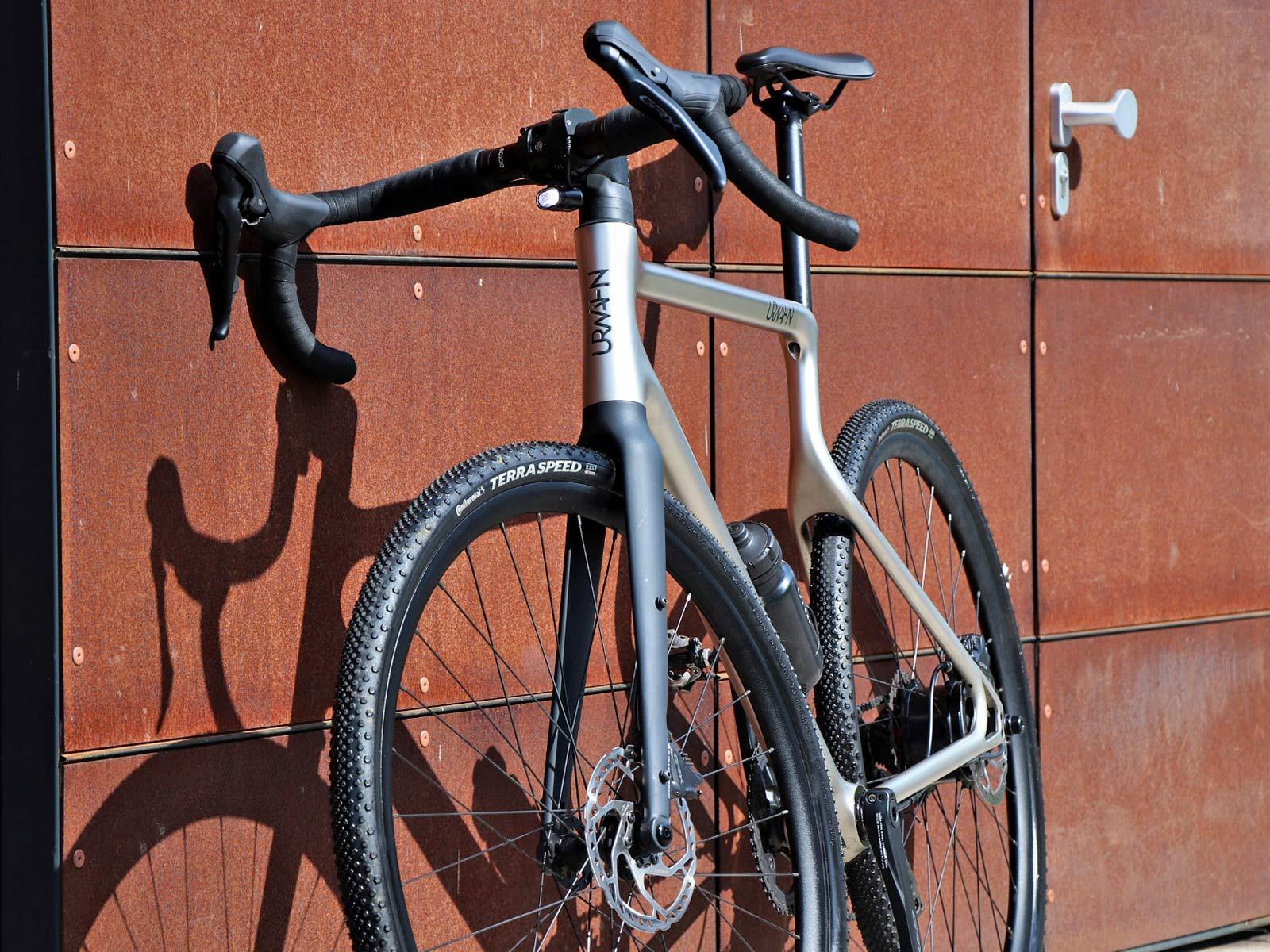Urwahn Waldwiesel 3D-printed steel gravel bike no seattube, plus Waldwiesel.E hidden e-bike option,fork detail