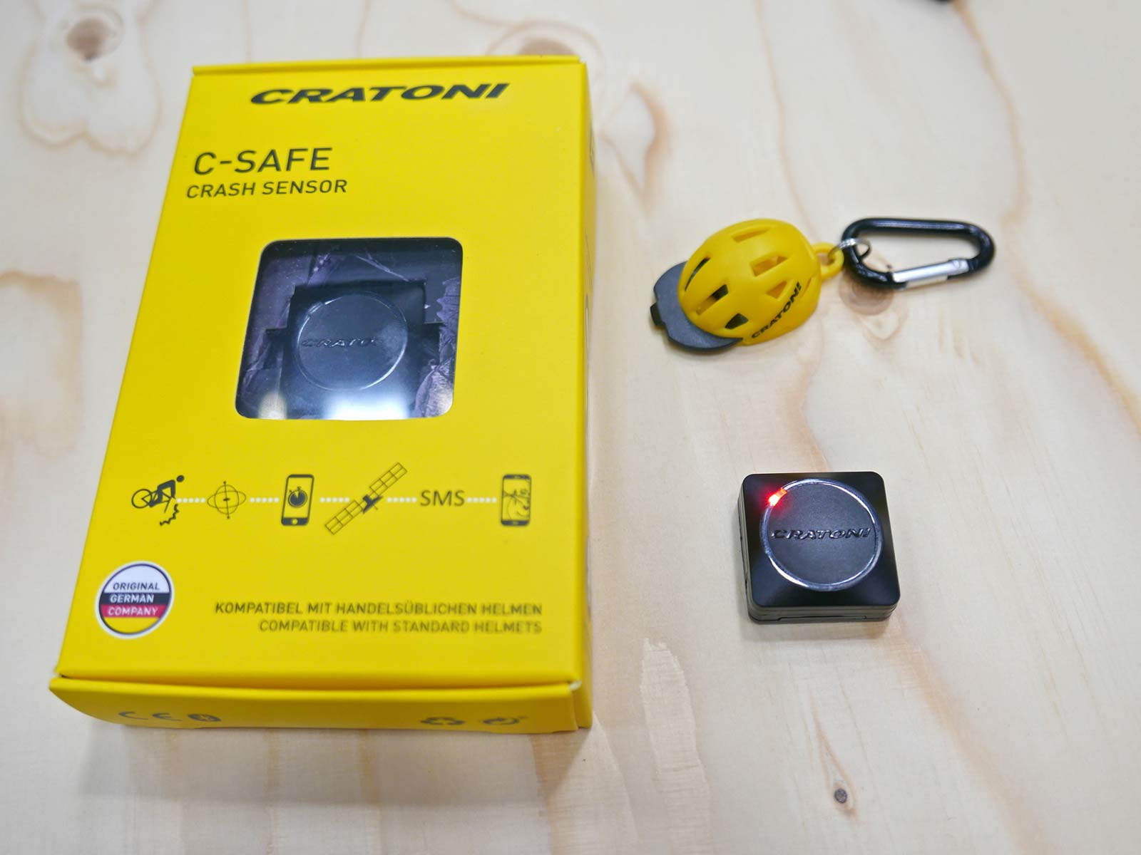 Cratoni C-Safe crash sensor, add-on impact detection safety upgrade for any helmet,what's in teh box?