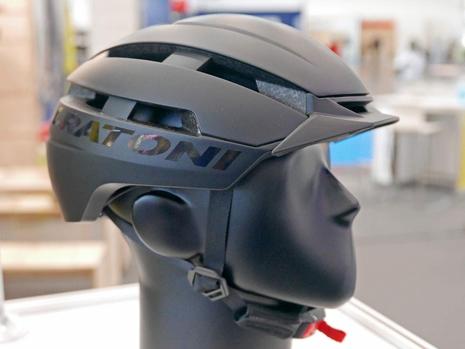 C-Loom 2.0 urban city bike helmet