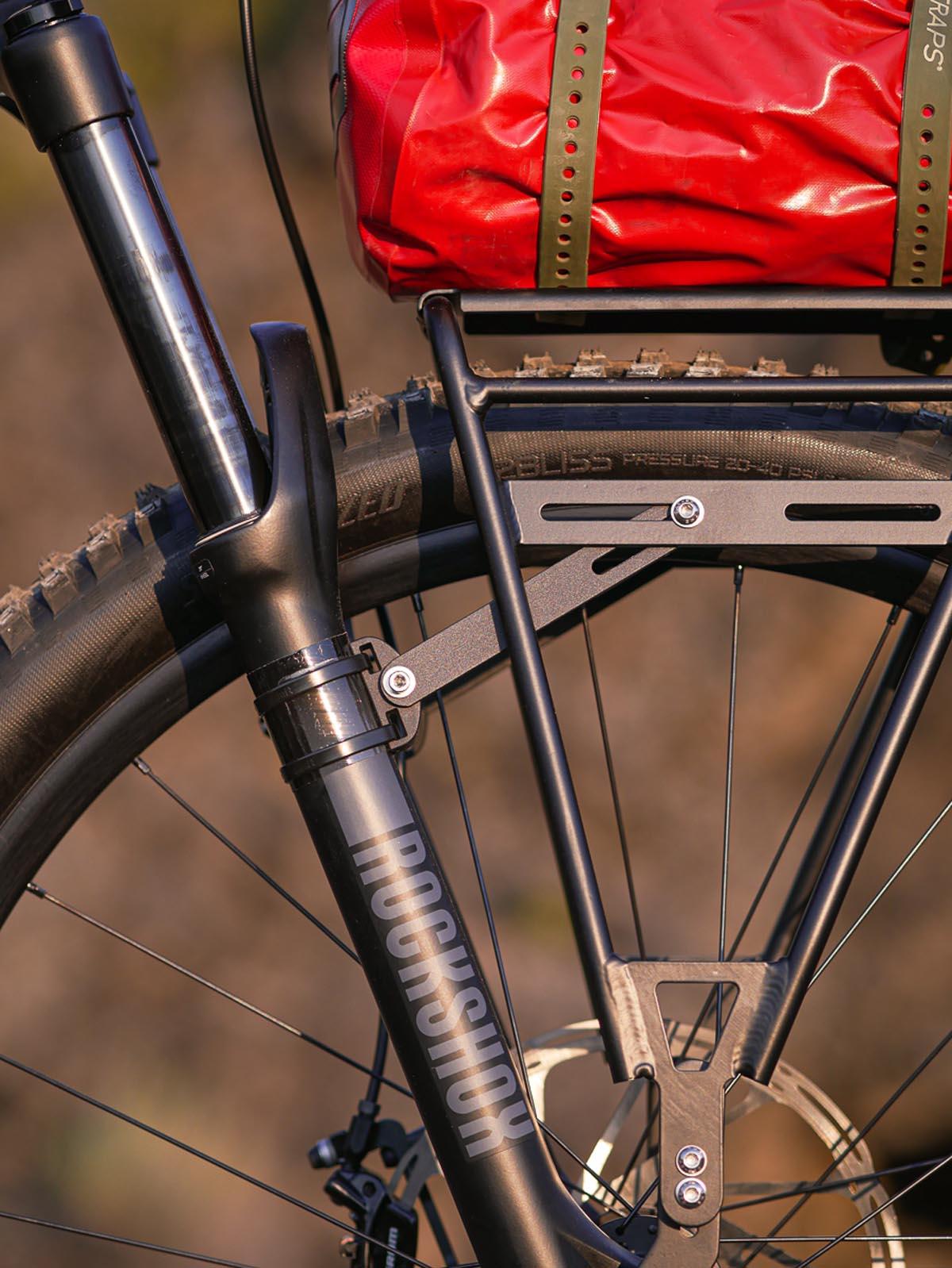 Old Man Mountain Divide Cargo Rack for suspension fork