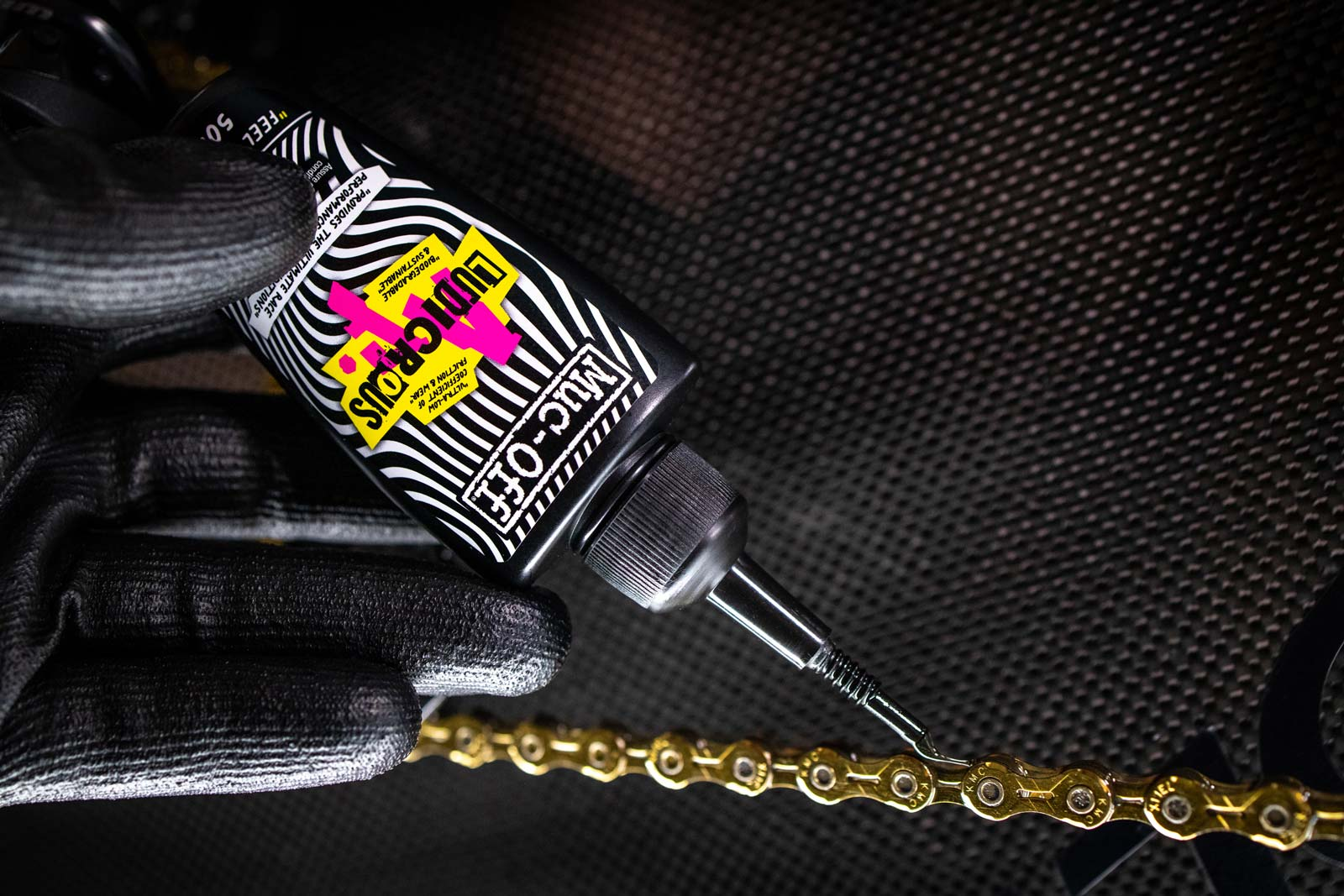 Muc-Off Ludicrous AF is Fast AF, claims to be World's Fastest Race Lube thumbnail