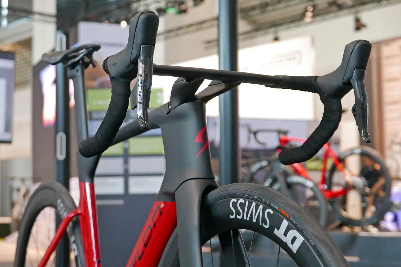 Simplon Pride II disc brake carbon aero road bike,aerodynamic front end