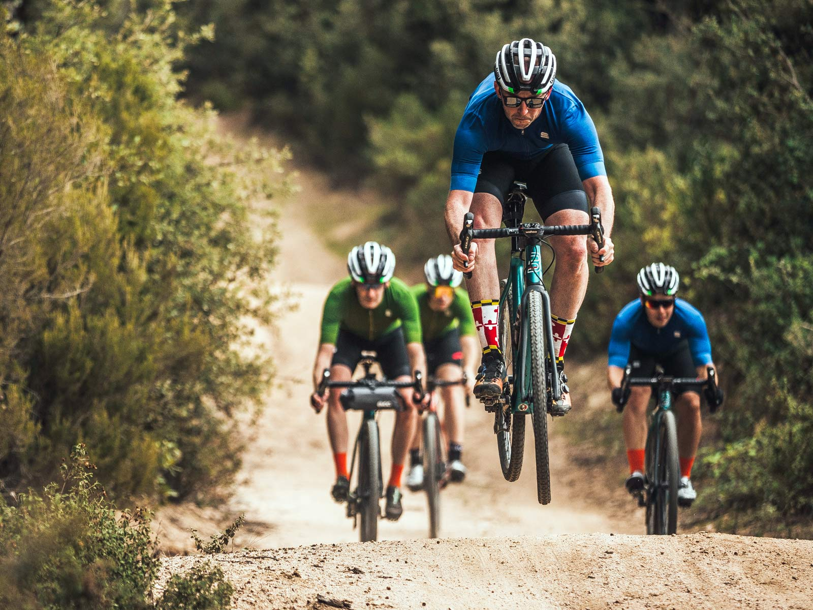 Basso Palta fast carbon gravel road bike - review: road-inspired fast, stiff, made-in-Italy, photo by Javi Echevarria Ruiz, air time