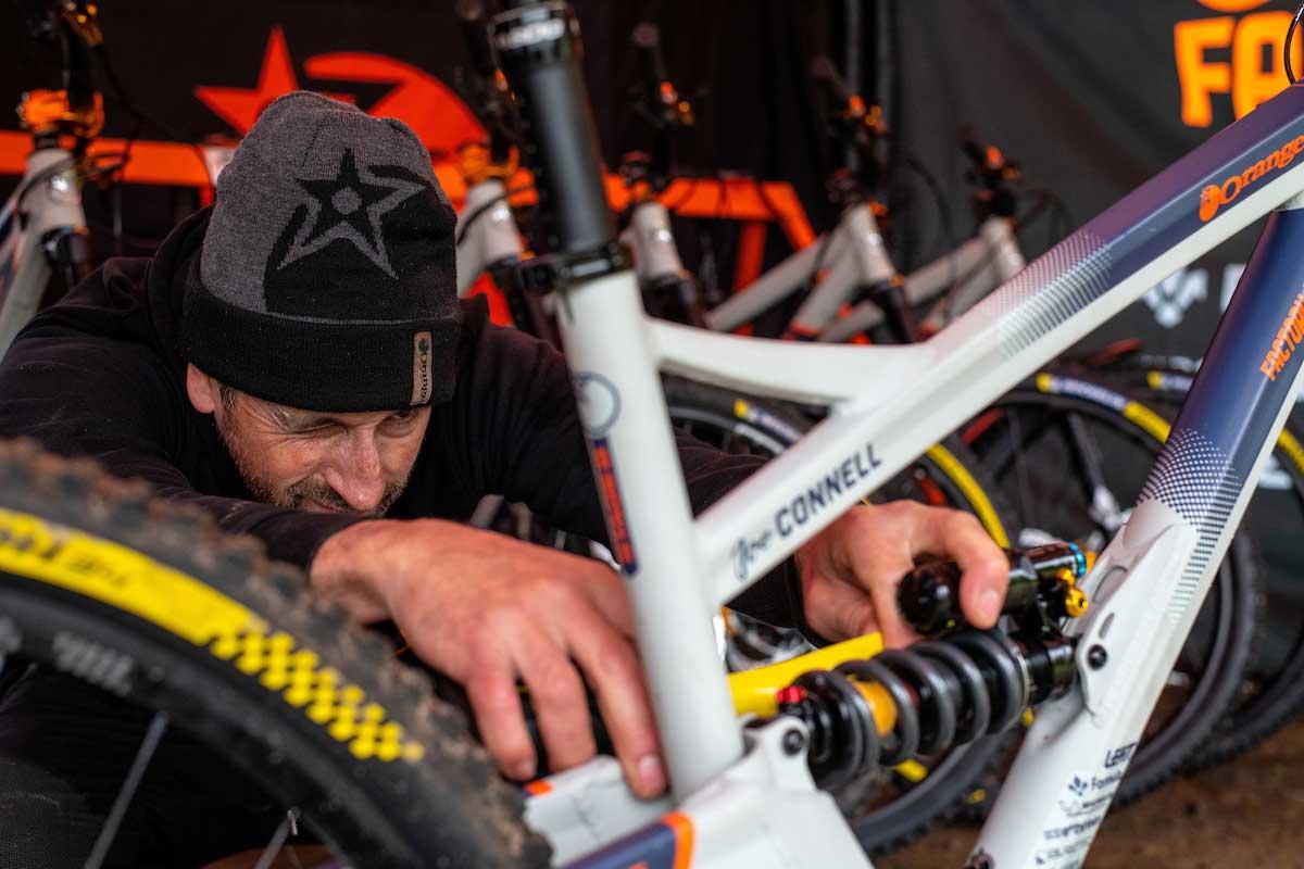 orange switch 6 race formula mod coil shock joe connell bike