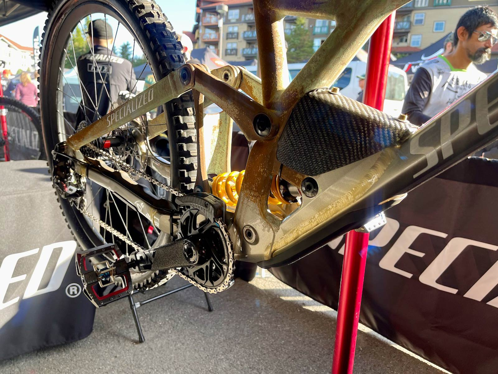 loic bruni specialized demo ohlins prototype active mtb suspension