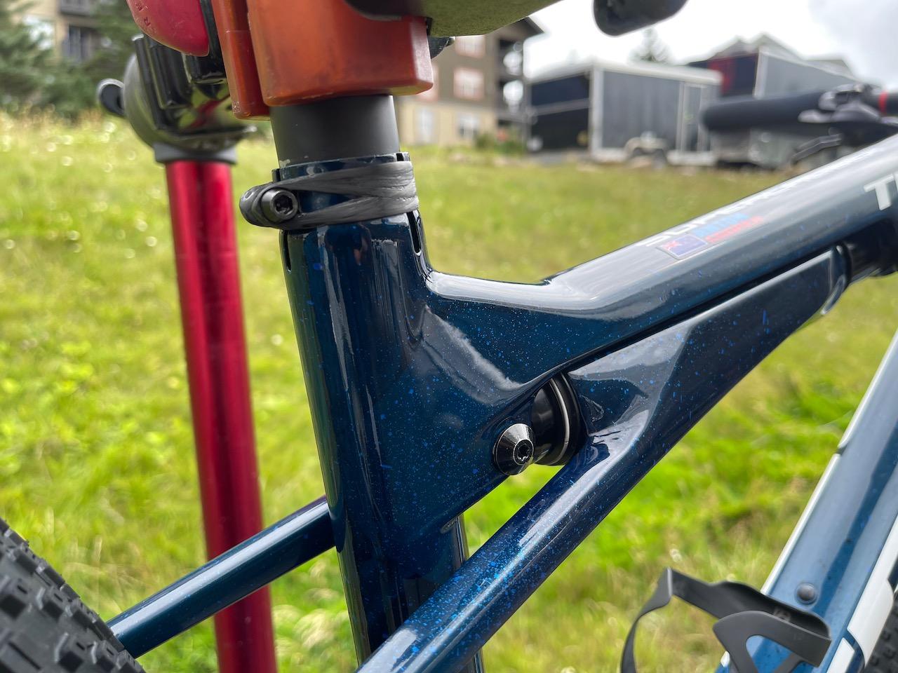 Anton Cooper Trek Supercaliber Full shock and seat binder