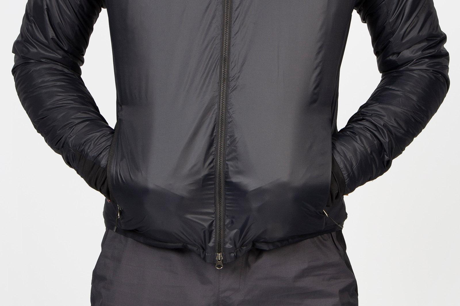 a man wears the endura gv500 insulated jacket