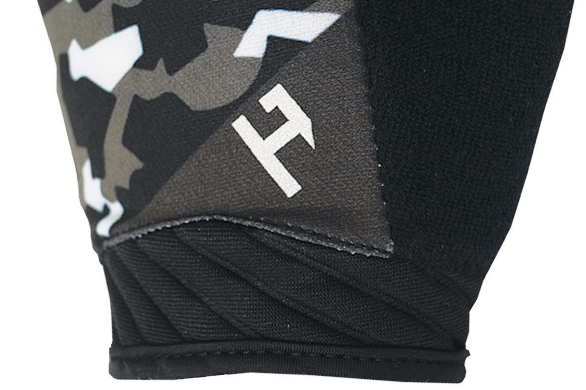 HANDUP Pro Performance Glove - wrist detail. All images c. HANDUP
