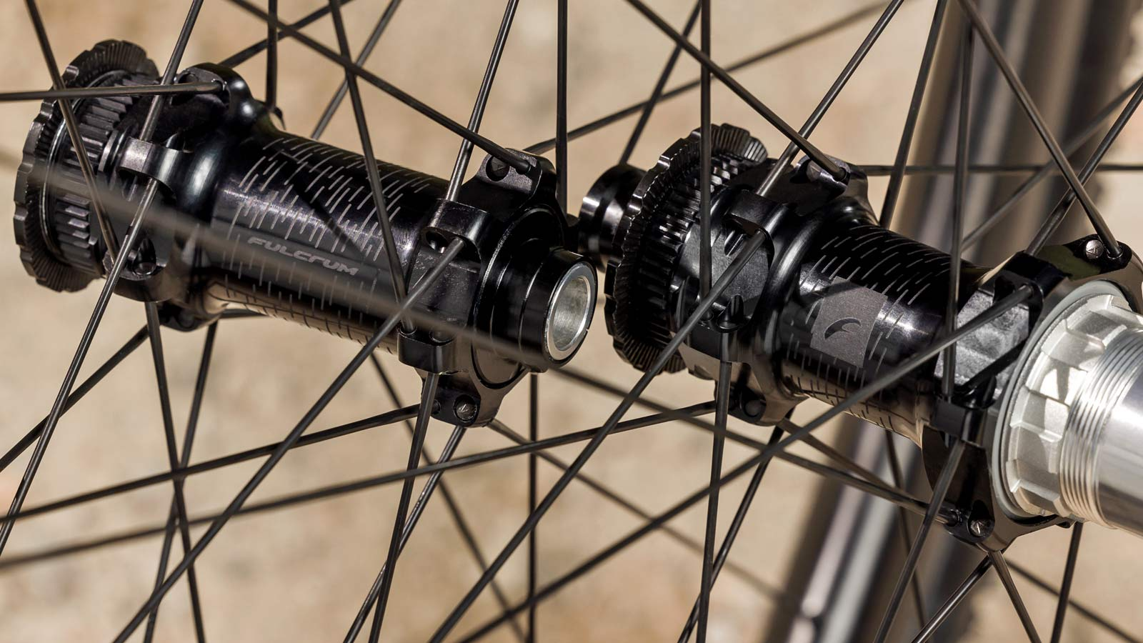 Fulcrum Rapid Red Carbon lightweight asymmetric tubeless gravel bike wheels,alloy hubs