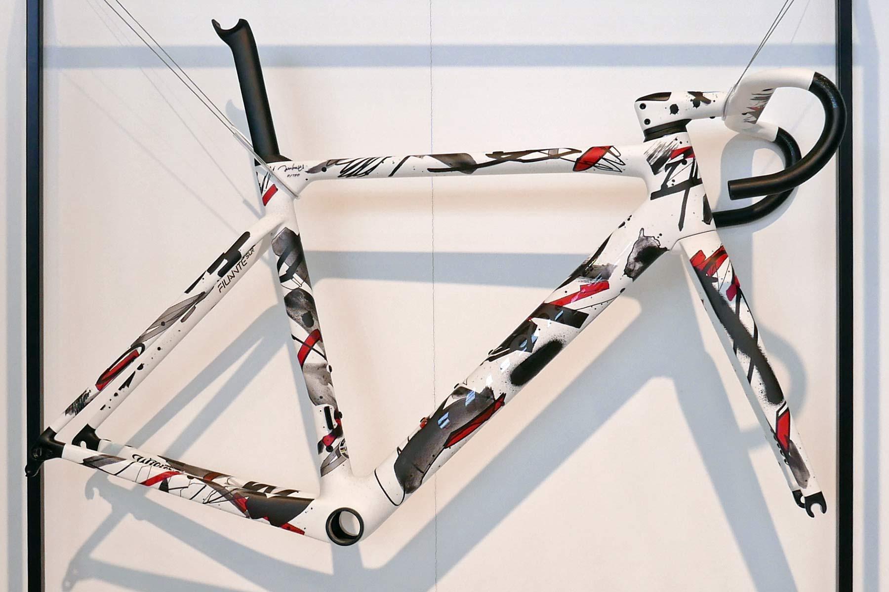 Wilier Unico, limited artist-series Filante SLR aero road bike, artwork by Jun Inoue