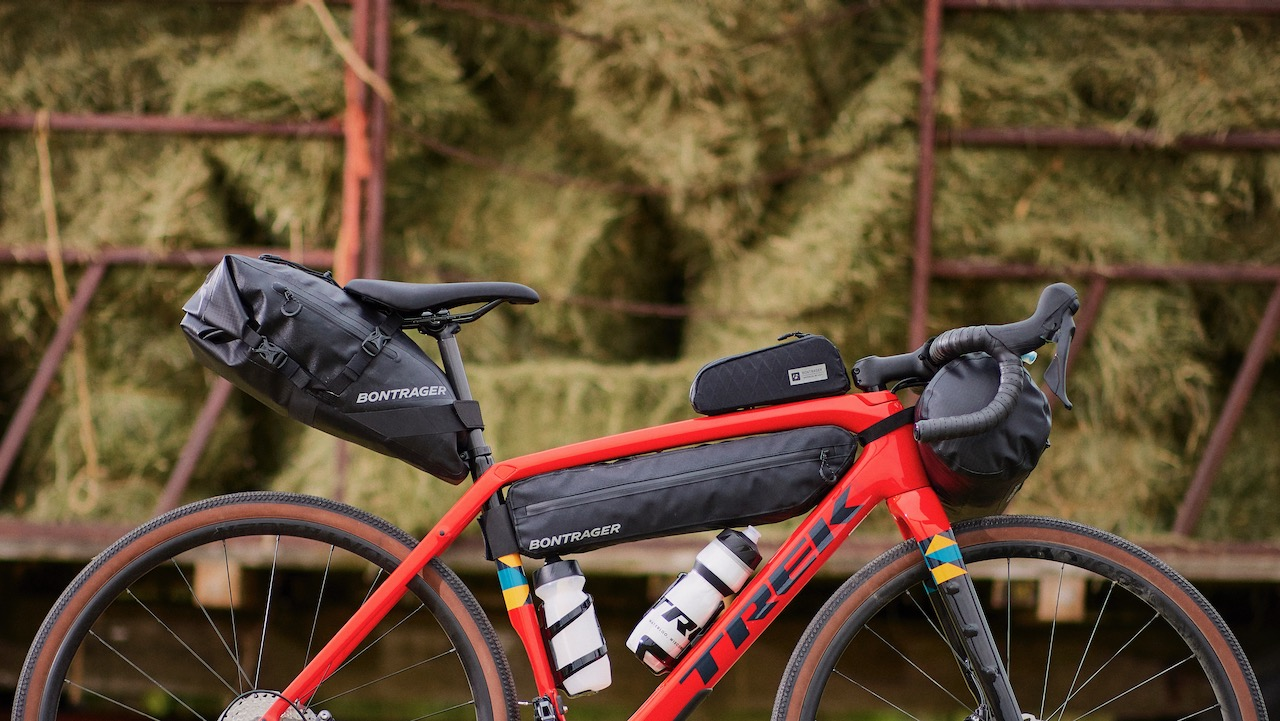 Bontrager Adventure bag packed seat close up