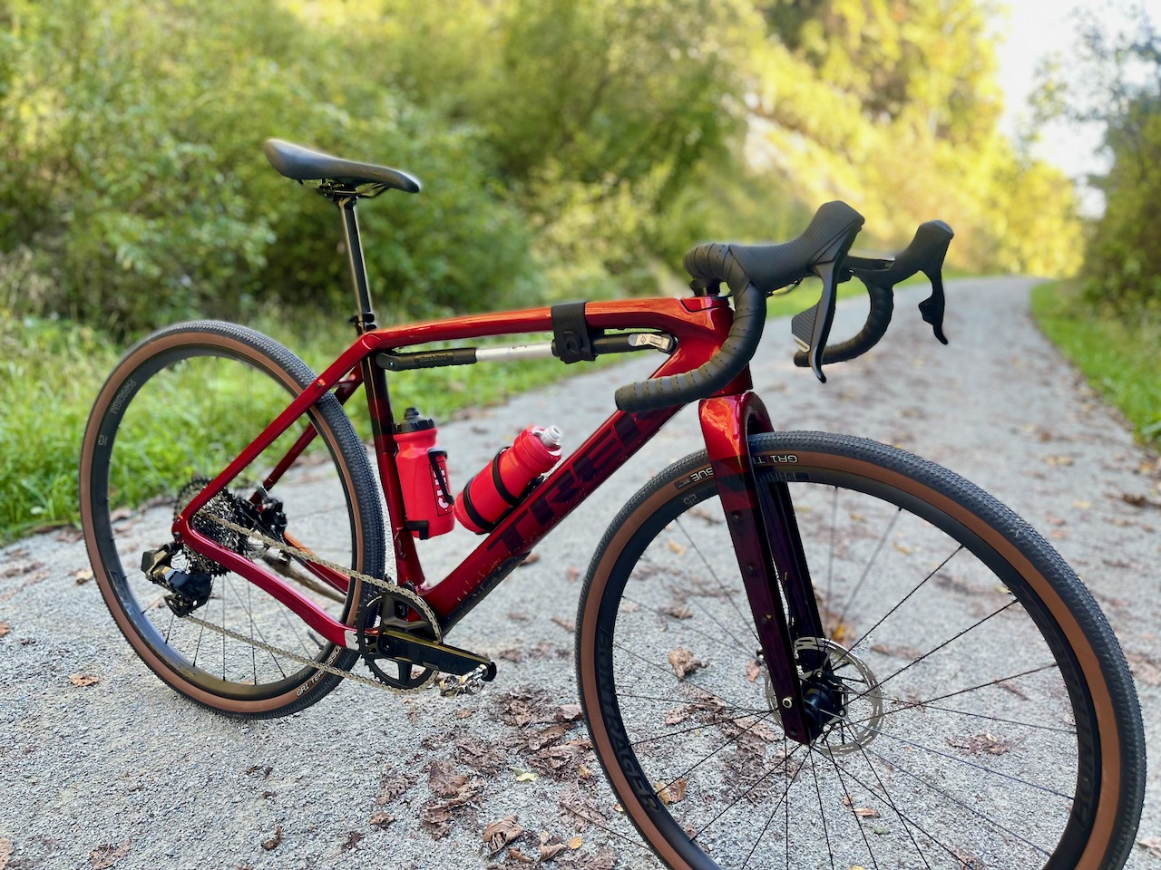 Trek Checkpoint SL6 side with bars