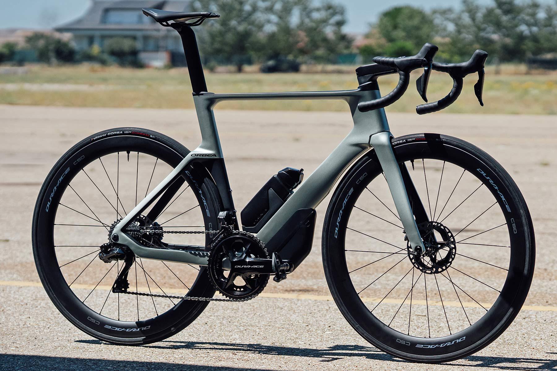 2022 Orbea Orca Aero carbon road bike, complete