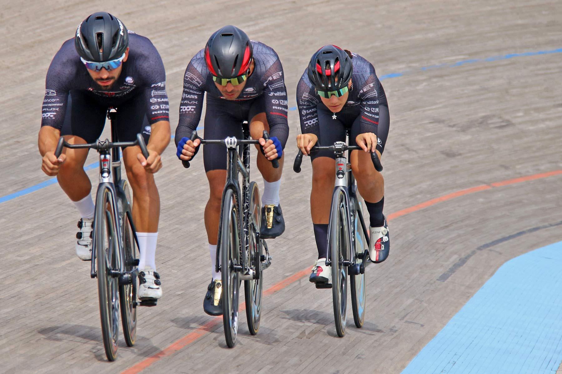 TRed TOOT ASHAA ergonomic carbon track handlebar,Barcelona velodrome testing