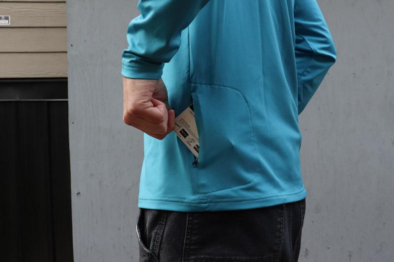 POC Reform LS jersey, side pocket