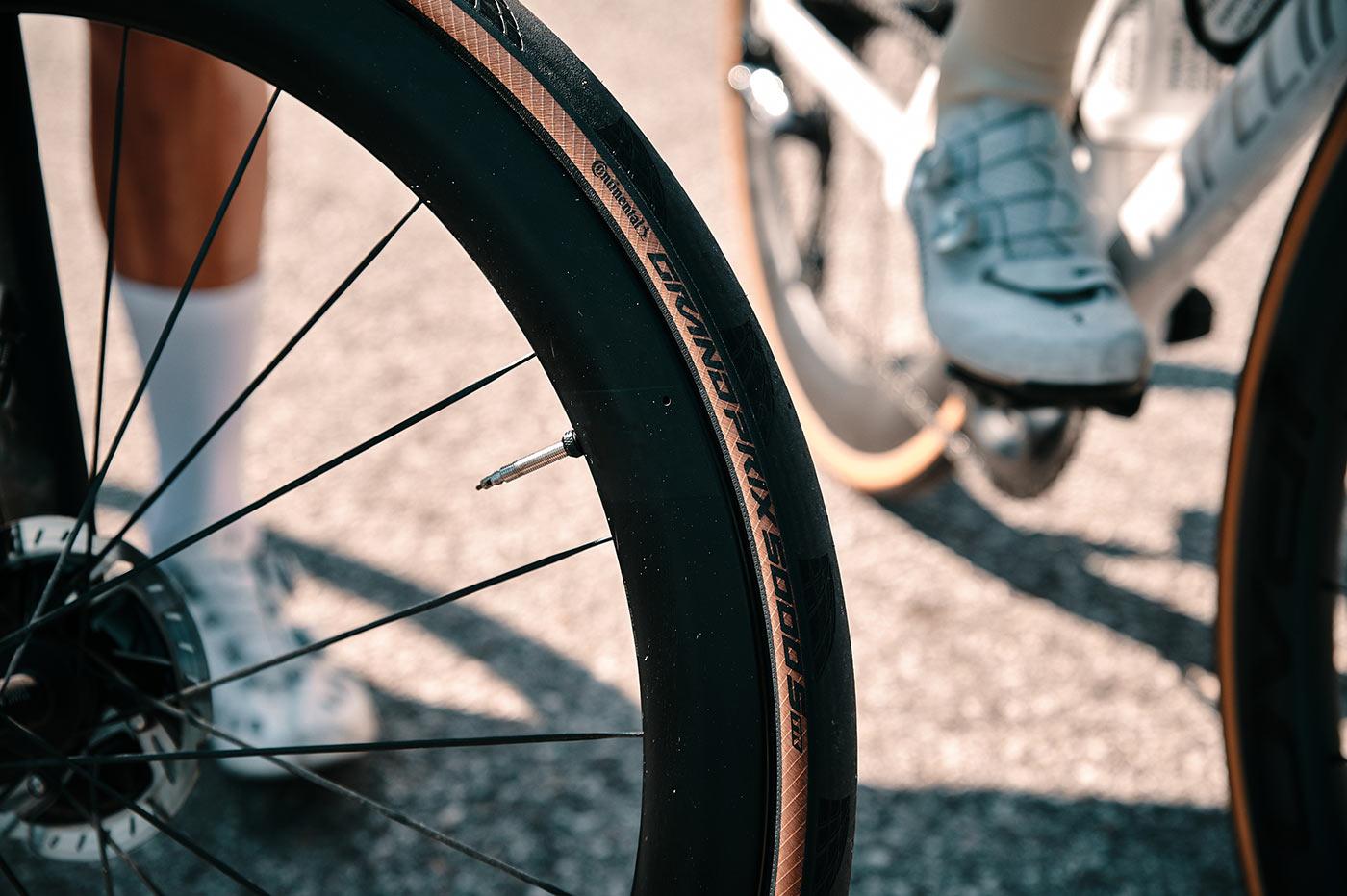 tubeless ready Continental Gran Prix 5000 S TR road bike tire