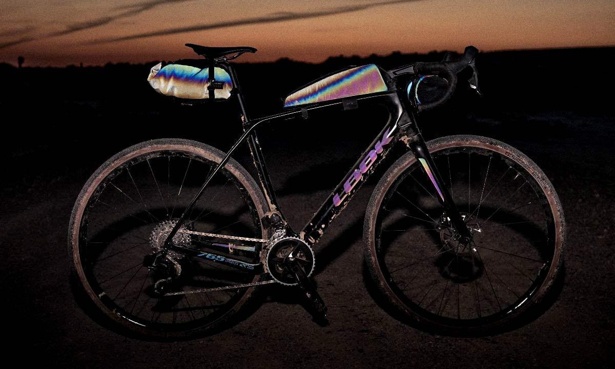 Look X Restrap limited edition iridescent Look 765 Gravel RS bike frameset & Limited Run bikepacking bags