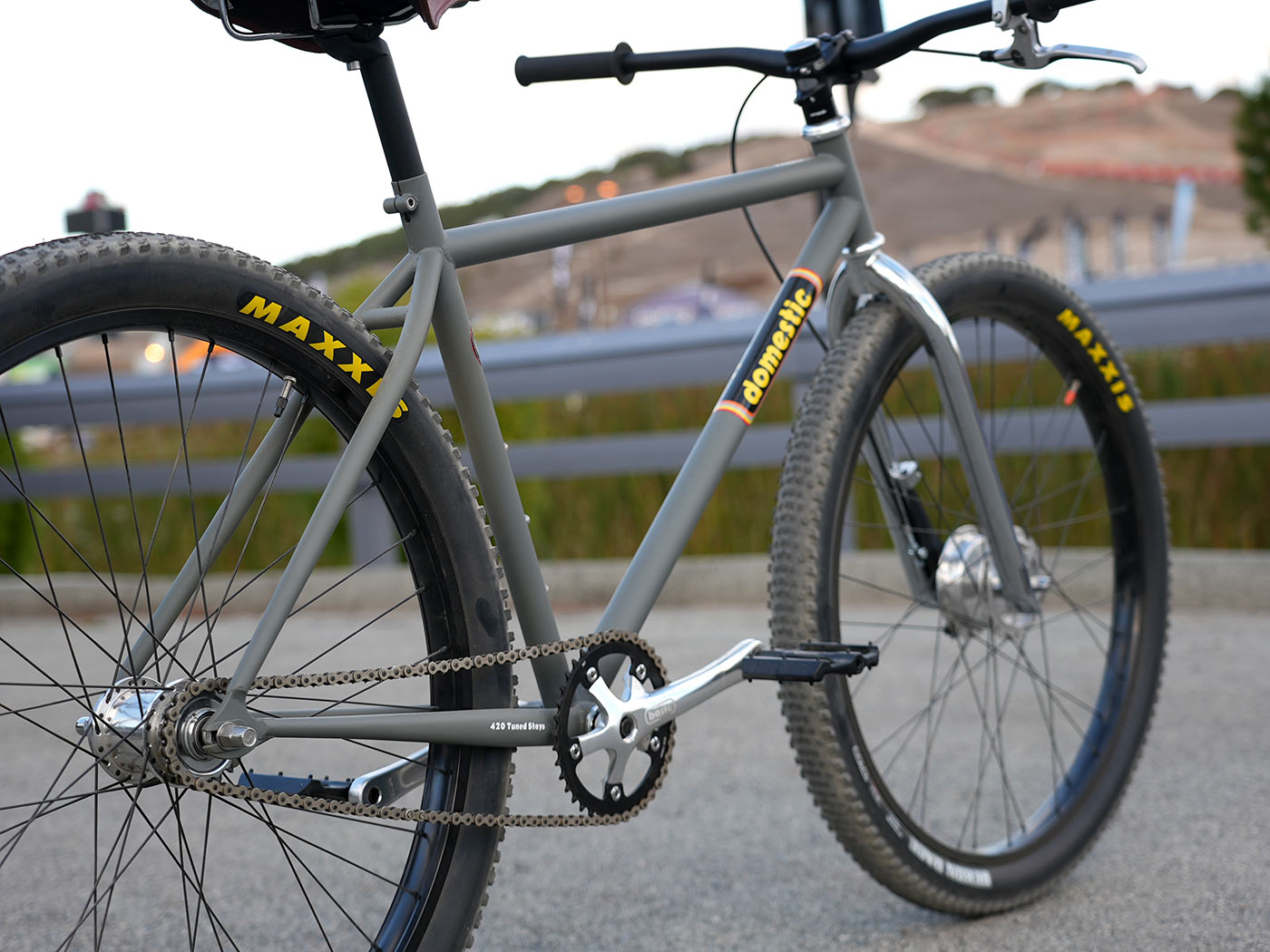 domestic bomber steel cruiser bicycle with coaster brakes