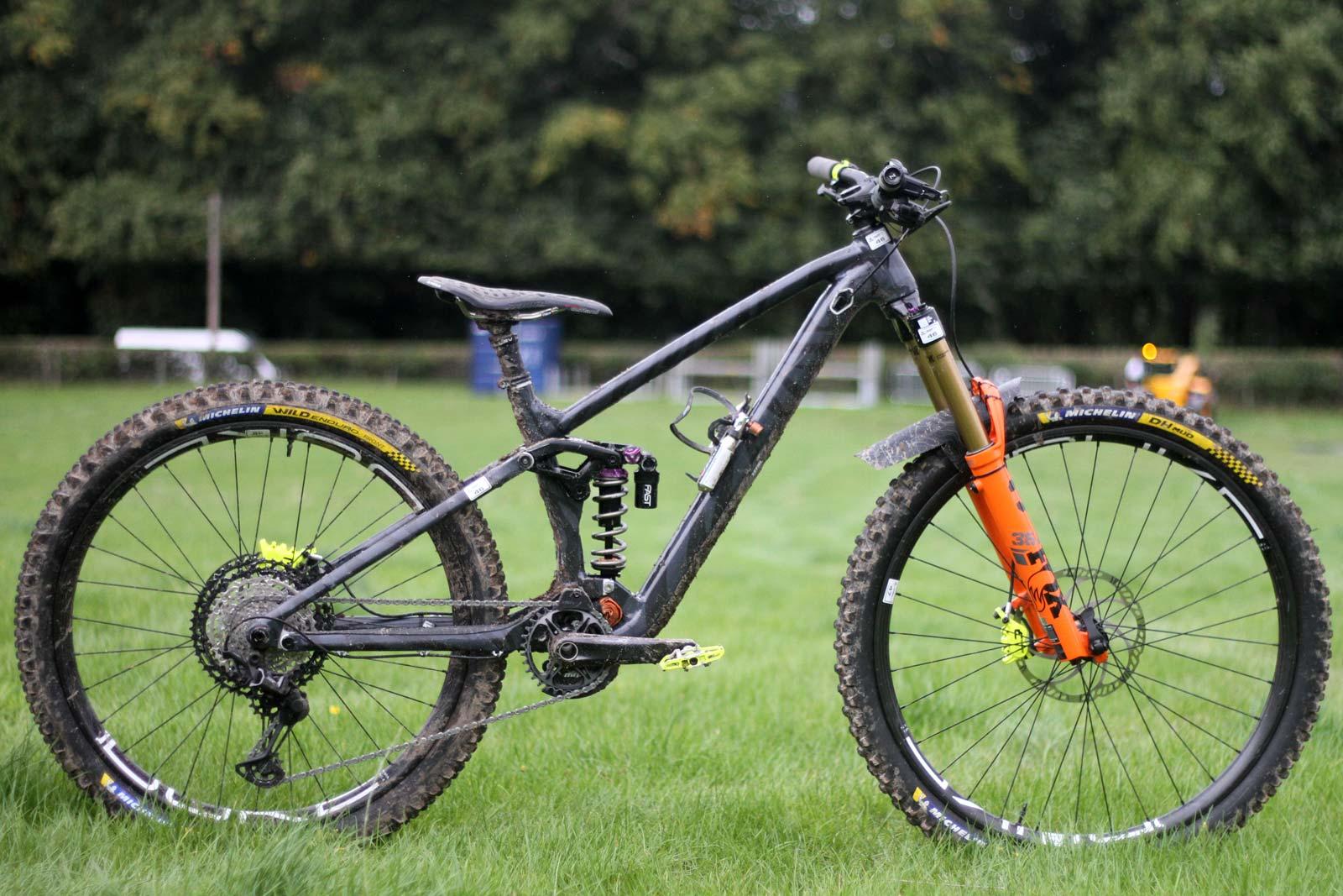 rossignol heretic xs mullet enduro race bike estelle charles ews tweed valley 2021