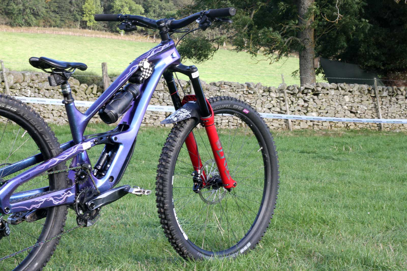 ella connolly pro bike check ews tweed valley 2021 cannondale jekyll