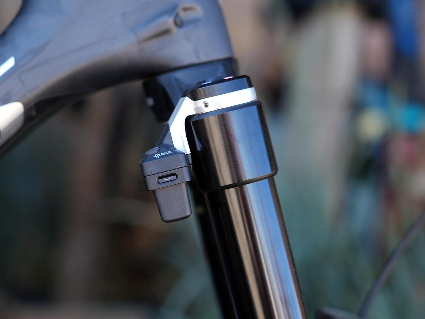 rockshox flight attendant electronic suspension controls on a fork