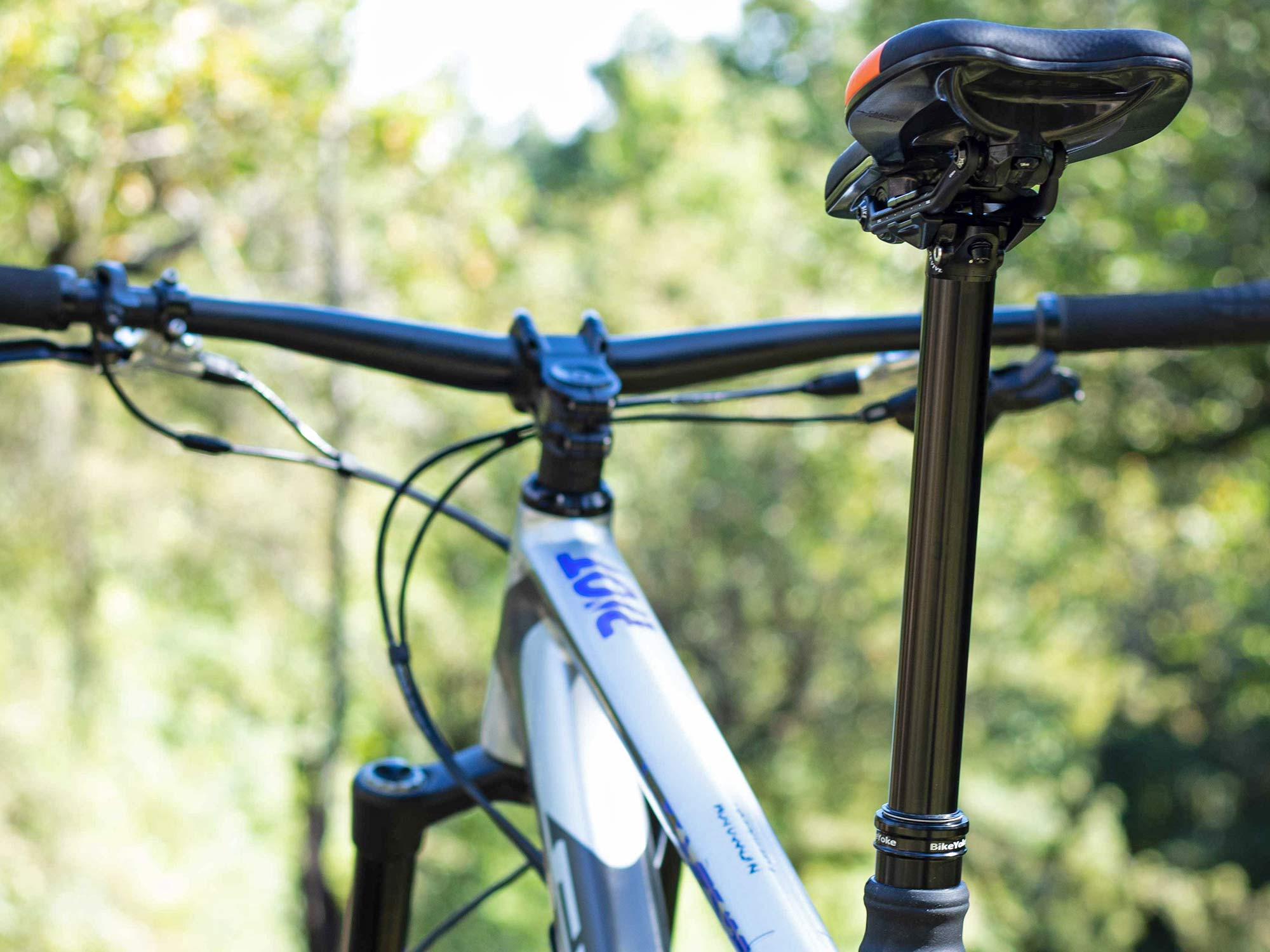 BikeYoke Revive Max extends 34.9 dropper to 213mm, get v2.0 upgrades