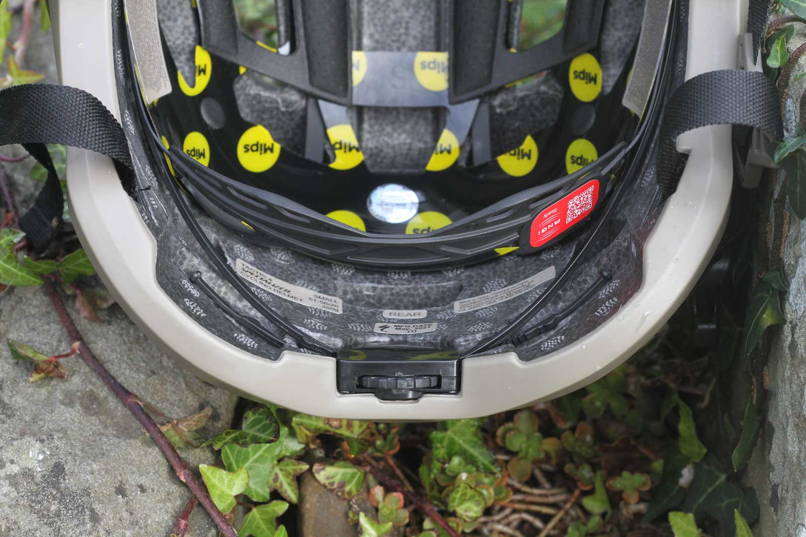 specialized tactic 4 helmet review rear fit adjustment