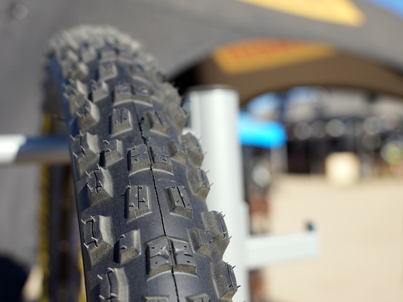 fabian barrel prototype pirelli downhill mountain bike tires