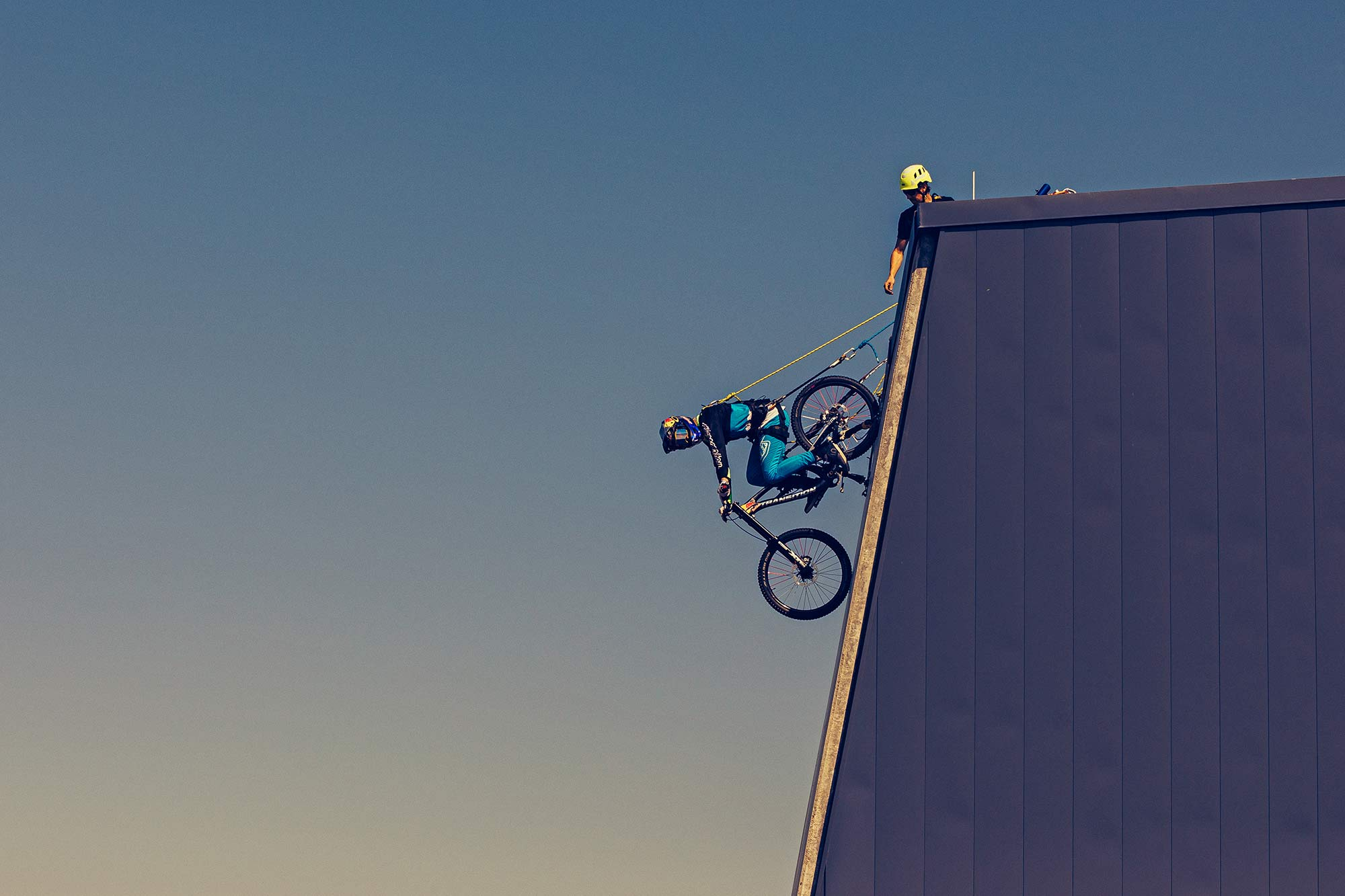 Must Watch: Get amped for Red Bull Rampage by dropping off a 4-story building thumbnail