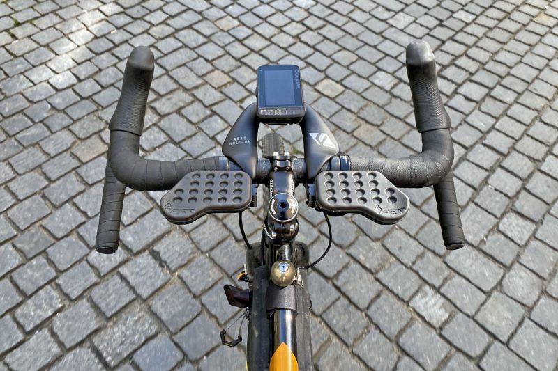 Review: Farr Arm Rests & Carbon Aero Bolt-On modular endurance cycling mini aero bar,cokcpit view