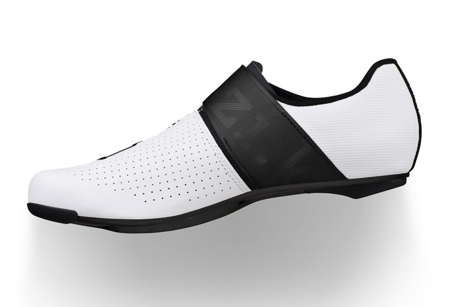 The Fizik Vento Infinito Carbon 2 Wide Brings Comfort to Road Racing Shoes thumbnail