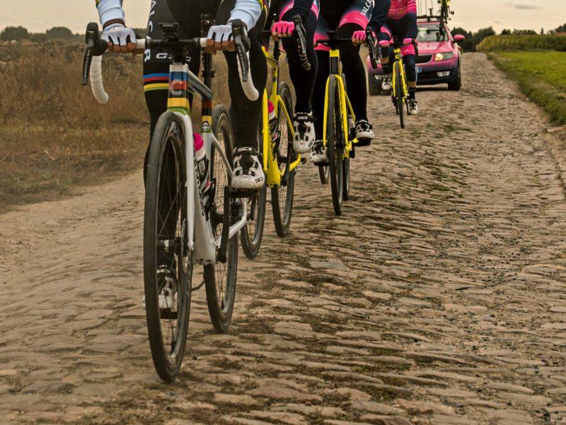 2021 World Champion Rainbow custom bike, Cannondale SuperSix Evo of Elisa Balsamos, photo by Twila Federica Muzzi, Paris Roubaix Femmes recon