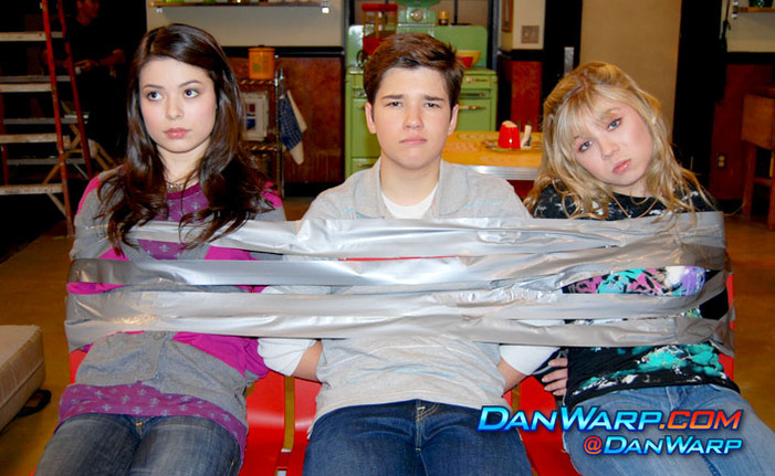 Protest People tied on icarly topic