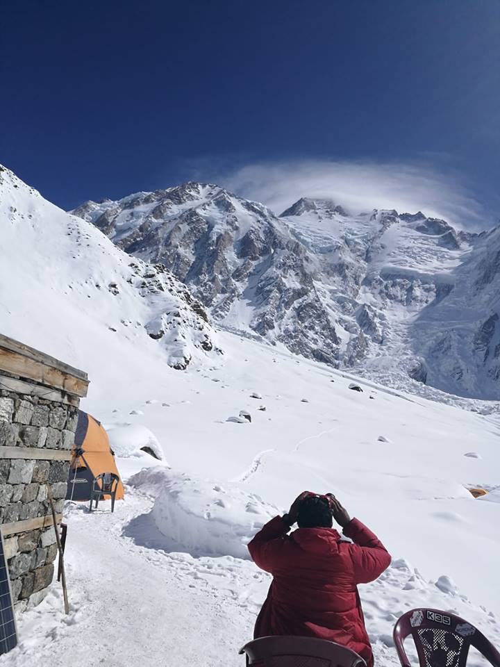 Search for missing climbers on winter Nanga parbat continues