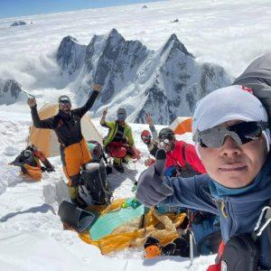 Summit Push Update: Teams On Their Way