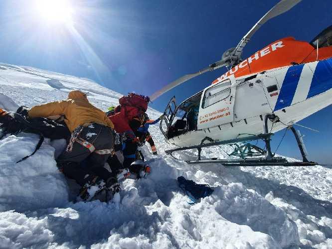 mt. kazbek avalanche