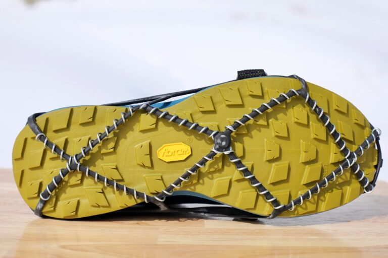 Yaktrax Pro - outsole view