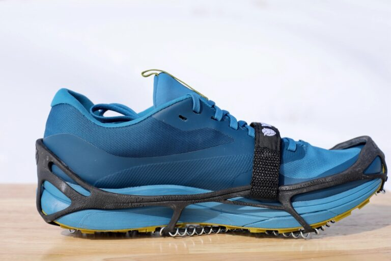 Yaktrax Pro - medial view
