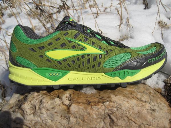 Brooks Cascadia 7 - lateral upper