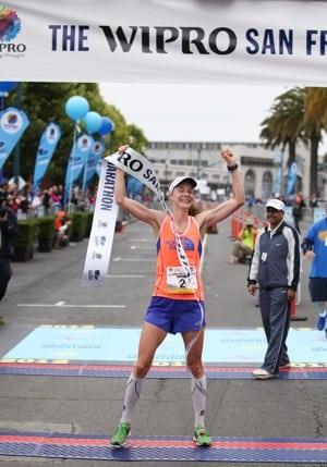 Devon Yanko winning the San Francisco Marathon.
