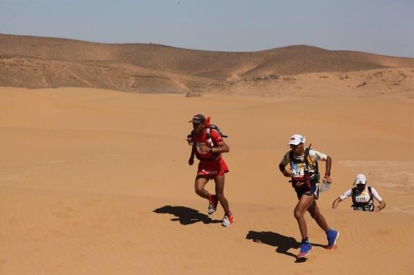 2013 Marathon des Sables - Salameh Al Aqra - Mohamad Ahansal - Antonio Filippo Salaris