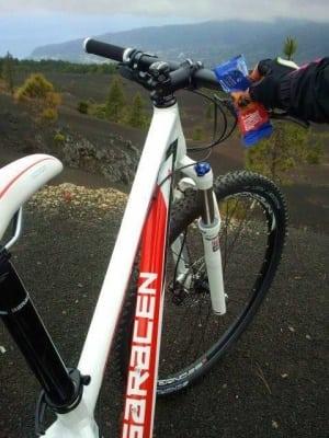 Anna Frost - Saracen bike