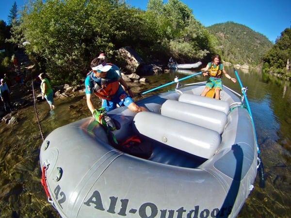 Ian Sharman - 2013 Western States 100 - River crossing