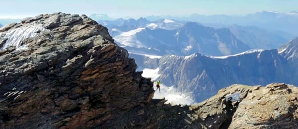 Kilian Jornet - Matterhorn jump - Dejame Vivir