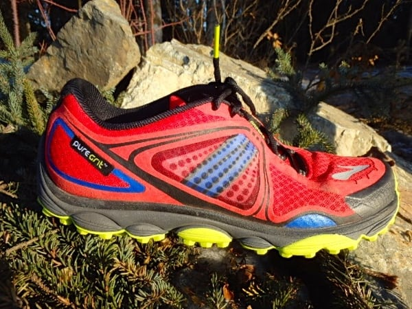 Brooks PureGrit 3 lateral upper