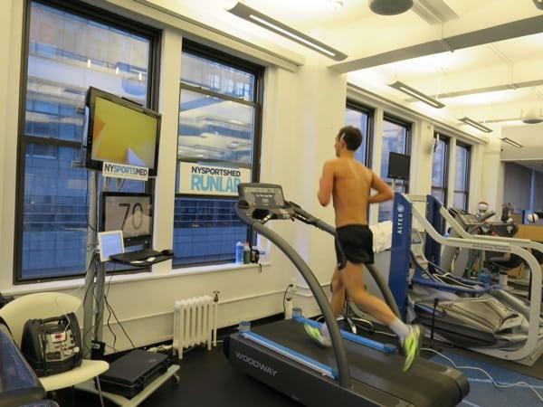 Denis Mikhaylove - treadmilll 12-hour world record 1
