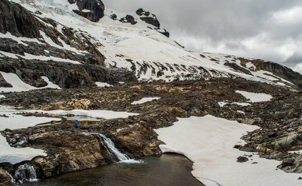 A glacier zone off the Cerro Castillo route