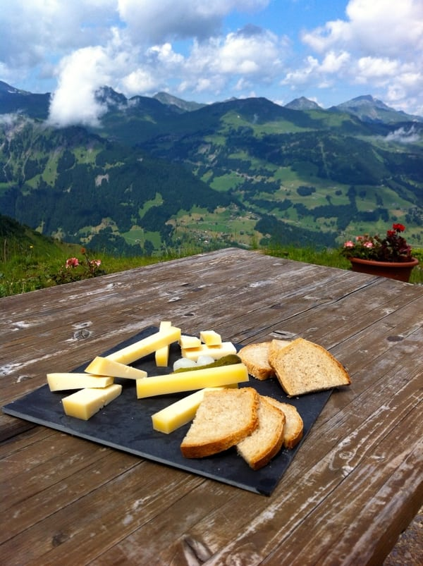 Bluto - cheese and bread with a view